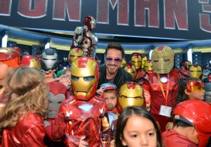 RDJ and his mini clones.