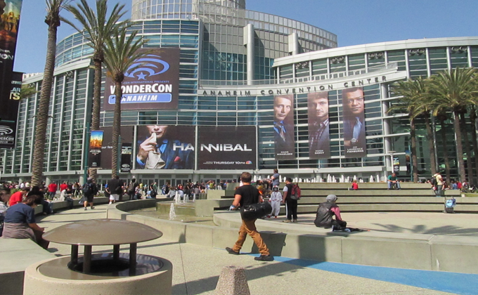 wondercon-convention-picture