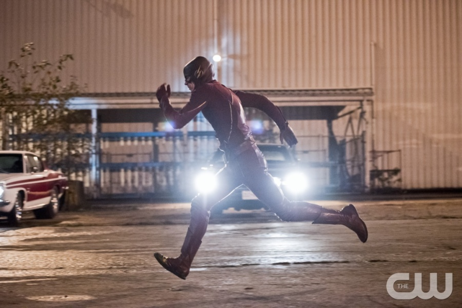 """The Flash -- """"Fast Lane"""" -- Image: FLA212A_0160b.jpg -- Pictured: Grant Gustin as The Flash -- Photo: Dean Buscher/The CW -- © 2016 The CW Network, LLC. All rights reserved."""