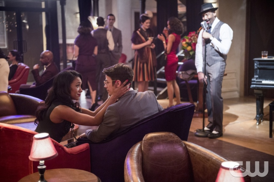 """The Flash -- """"Welcome to Earth-2"""" -- Image FLA213b_0260b -- Pictured (L-R): Candice Patton as Earth 2 Iris West, Grant Gustin as Earth 2 Barry Allen and Jesse L. Martin as Earth 2 Joe West -- Photo: Diyah Pera/The CW -- © 2016 The CW Network, LLC. All rights reserved."""