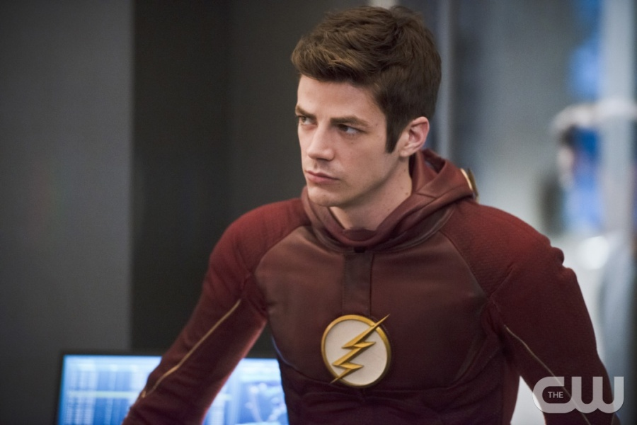 """The Flash -- """"Versus Zoom"""" -- Image: FLA218b_0150b.jpg -- Pictured: Grant Gustin as Barry Allen -- Photo: Diyah Pera/The CW -- © 2016 The CW Network, LLC. All rights reserved."""