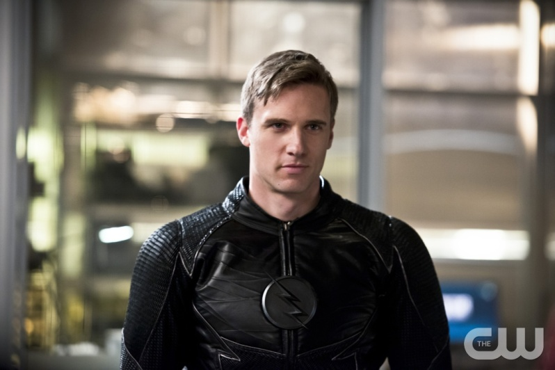 "The Flash -- ""Versus Zoom"" -- Image: FLA218b_0090.jpg -- Pictured: Teddy Sears as Jay Garrick -- Photo: Diyah Pera/The CW -- © 2016 The CW Network, LLC. All rights reserved."
