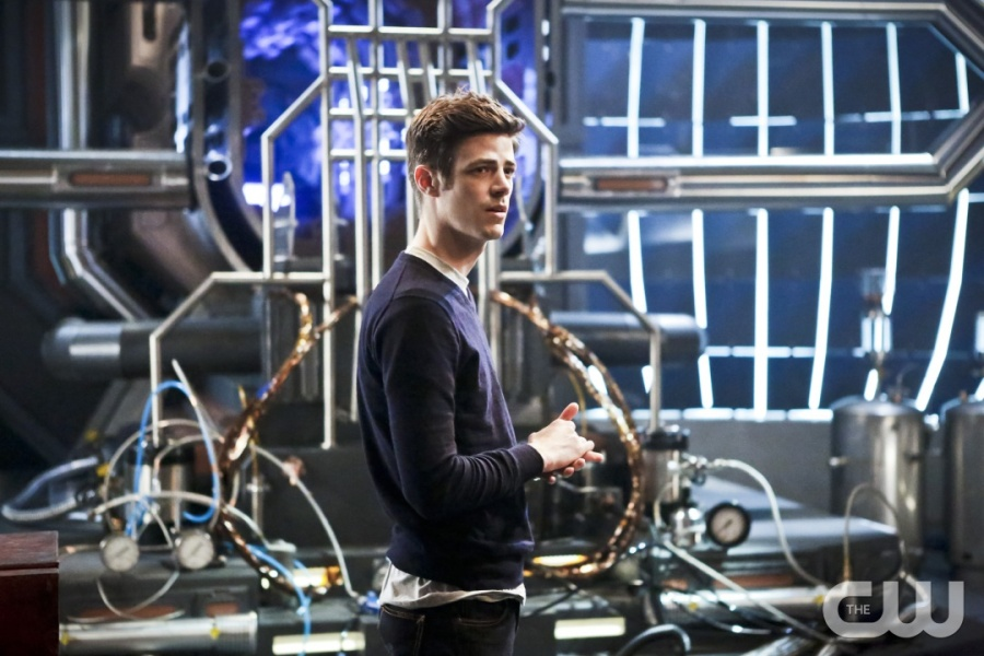 "The Flash -- ""Rupture"" -- Image: FLA220b_0061b.jpg -- Pictured: Grant Gustin as Barry Allen -- Photo: Bettina Strauss/The CW -- © 2016 The CW Network, LLC. All rights reserved."