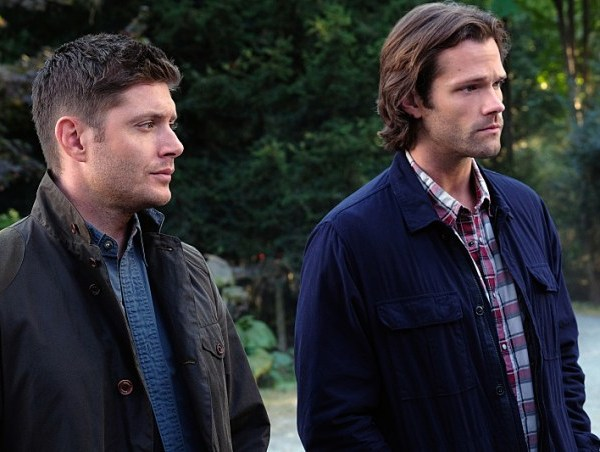"Supernatural -- ""American Nightmare"" -- SN1204a_0148.jpg -- Pictured (L-R): Jensen Ackles as Dean and Jared Padalecki as Sam -- Photo: Robert Falconer/The CW -- © 2016 The CW Network, LLC. All Rights Reserved"