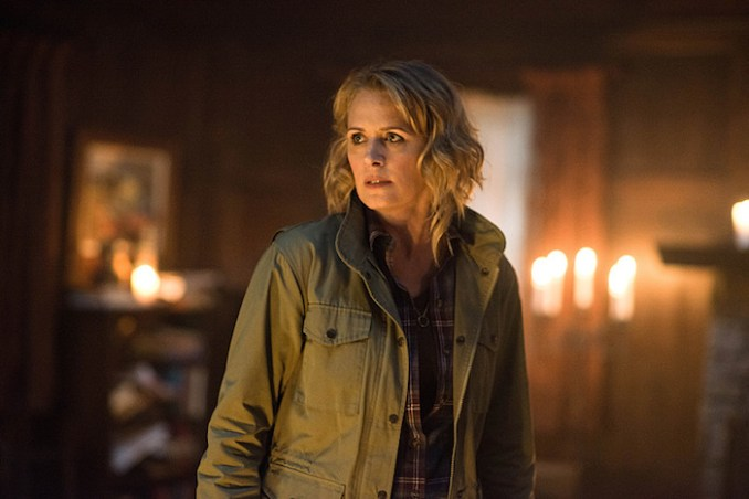 "Supernatural -- ""Celebrating the Life of Asa Wilder"" -- SN1206a_0185.jpg -- Pictured: Samantha Smith as Mary Winchester -- Photo: Diyah Pera/The CW -- © 2016 The CW Network, LLC. All Rights Reserved"