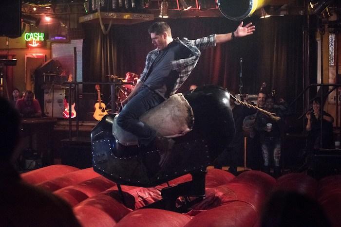 "Supernatural --""Regarding Dean""-- SN1211a_0029.jpg -- Pictured: Jensen Ackles as Dean --Photo: Dean Buscher/The CW -- © 2017 The CW Network, LLC. All Rights Reserved"