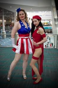 ladyliberty_cosplay and nika_thecosflyer