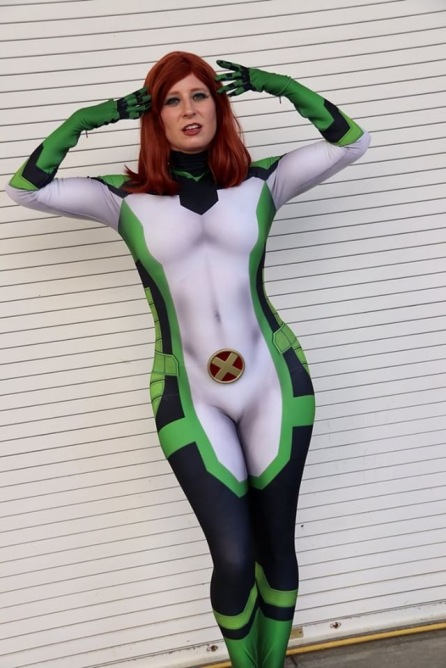 Photo by Cosplayer_Gallery Suit by therpcstudio, design by gunhead